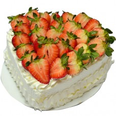 Heart Shape Strawberry Cream Cake (1Lb)